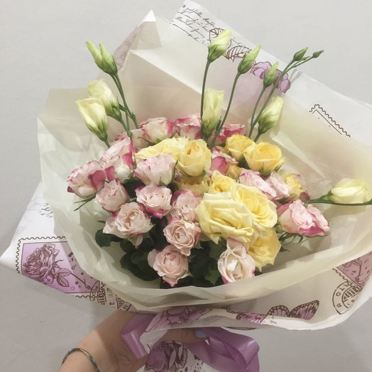 Букет для подруги: букеты цветов на заказ Flowwow