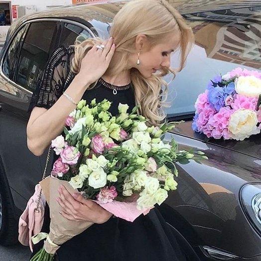 Монобукет эустомы: букеты цветов на заказ Flowwow