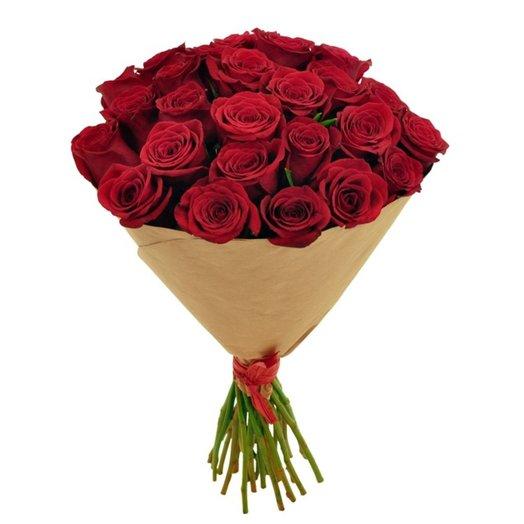 25 роз в крафт-бумаге: букеты цветов на заказ Flowwow