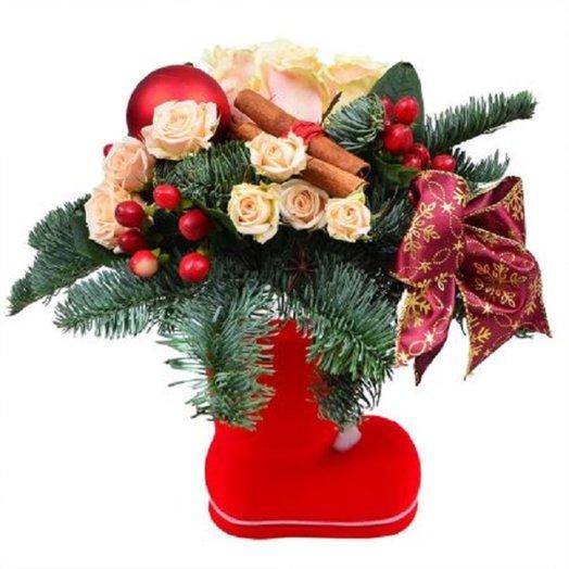 Сапожок с сюрпризом: букеты цветов на заказ Flowwow