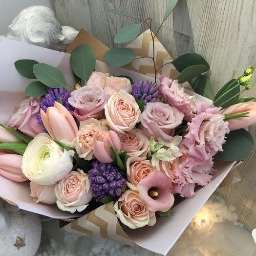 Нежное поздравление: букеты цветов на заказ Flowwow