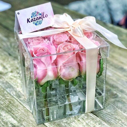 Розы в аквариуме: букеты цветов на заказ Flowwow
