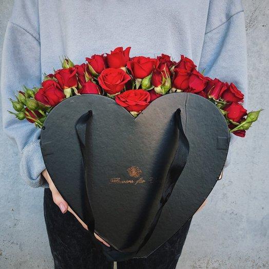 "Коробка-сердце ""Стрела Амура"": букеты цветов на заказ Flowwow"