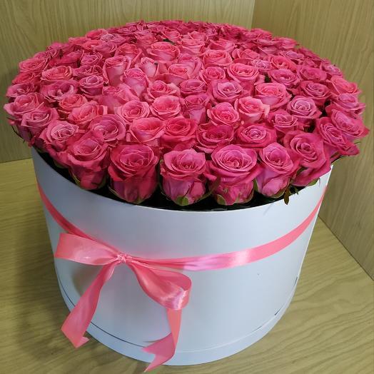 Нежный букет из 101 розы: букеты цветов на заказ Flowwow