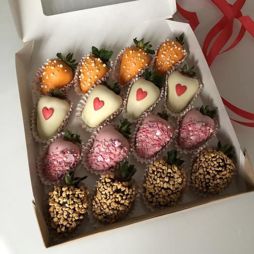 Клубника в бельгийском шоколаде в коробочке: букеты цветов на заказ Flowwow
