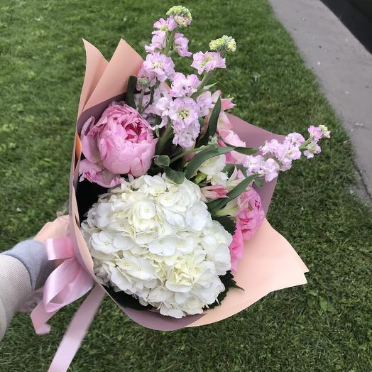 Лучшее для лучшей: букеты цветов на заказ Flowwow