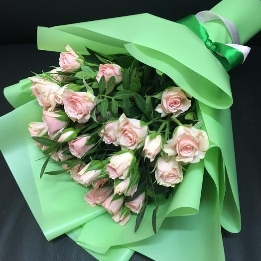 Букет из 9 кустовых роз ( 40 см ): букеты цветов на заказ Flowwow