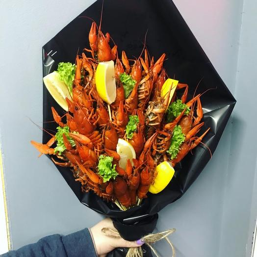 Bouquet of crayfish and lemon