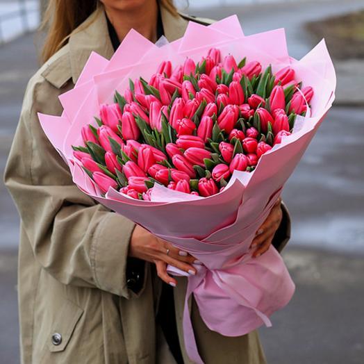 Букет 49 розовый тюльпан
