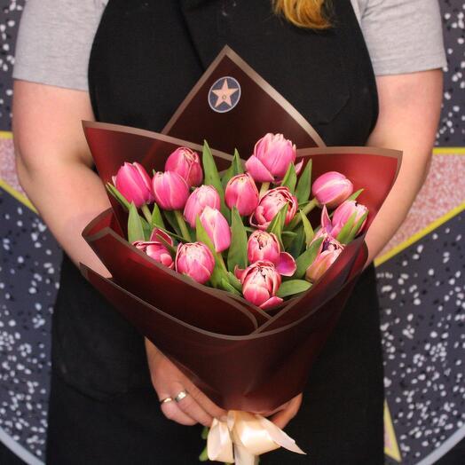 15 пионовидных тюльпанов. Columbus