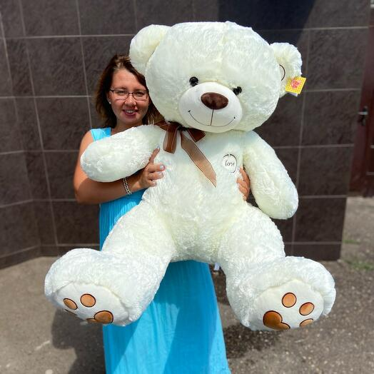 Большой белый медведь 🥰