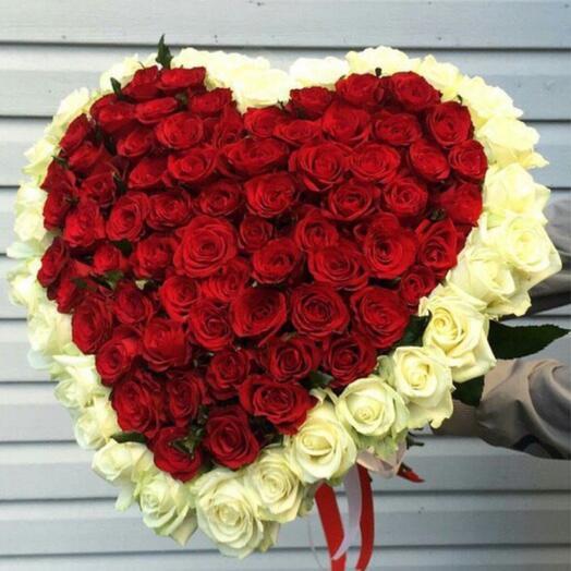 101 Роза Голландия Сердцем 70 см