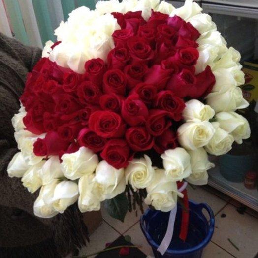 Букет 101 роза Сердце: букеты цветов на заказ Flowwow