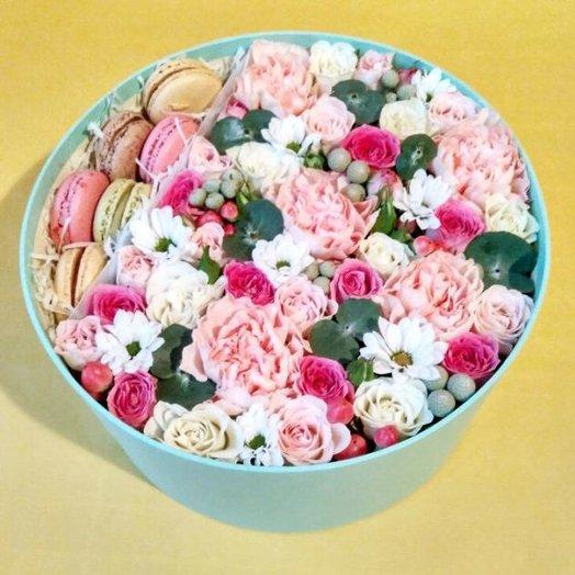 """Коробочка """"Нежности и сладости"""": букеты цветов на заказ Flowwow"""