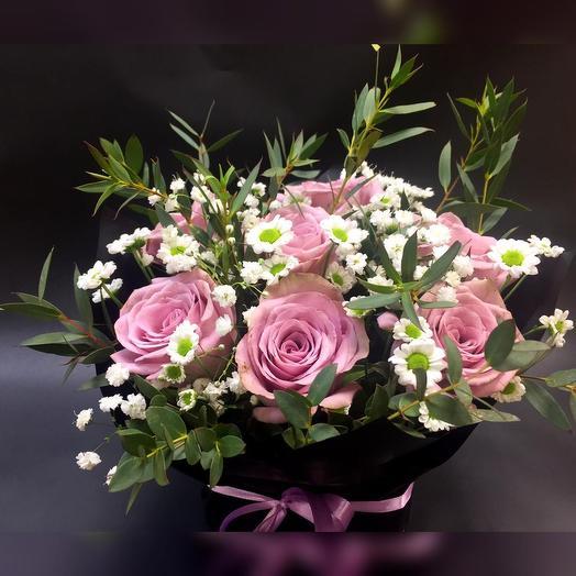 Стильный комплиментик: букеты цветов на заказ Flowwow