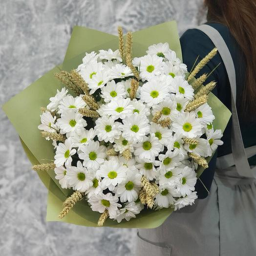 Summer bouquet of spray chrysanthemums and wheat: flowers to order Flowwow