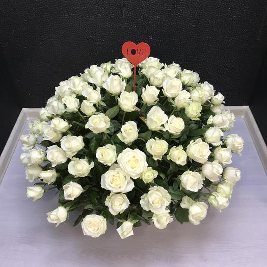 Корзина из 101: букеты цветов на заказ Flowwow