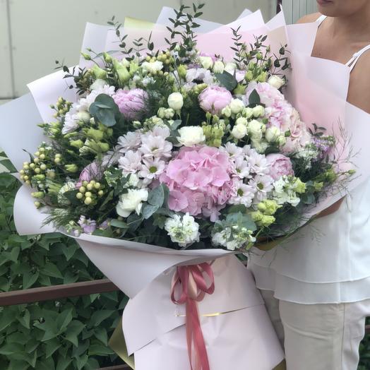 Мега: букеты цветов на заказ Flowwow