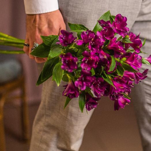 Альстрамерия под ленту: букеты цветов на заказ Flowwow