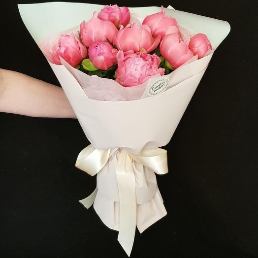 9 коралловых пионов: букеты цветов на заказ Flowwow