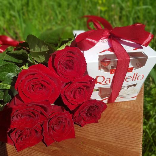 Букет из 7 красных роз и раффаэлло