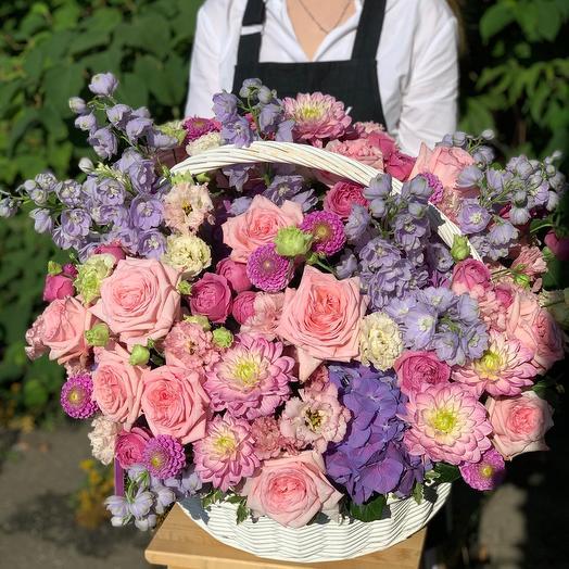 Корзина цветов Счастливый день