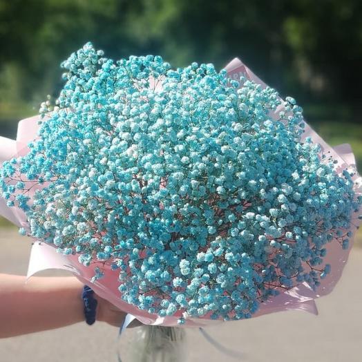 Букет из голубой гипсофилы
