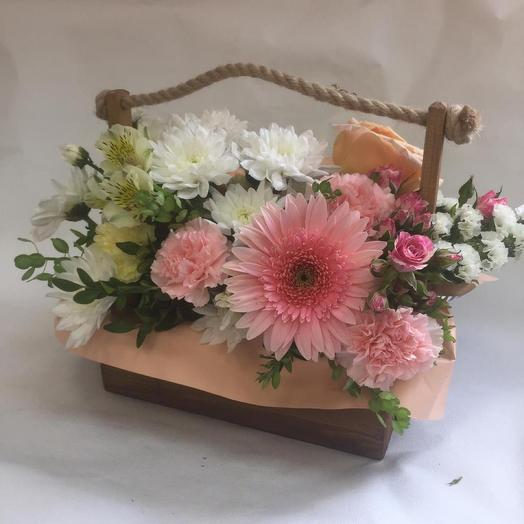 Box with fowers