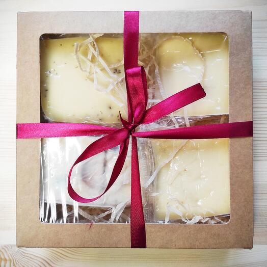 Подарочный набор элитных сыров номер 2