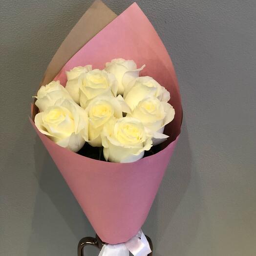 Букет 9 белых роз 70 см