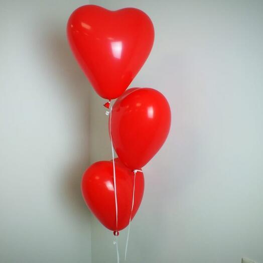 Воздушные шары красные сердечки ️