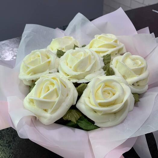 Вкусный букет 7 цветочных капкейков белые розы