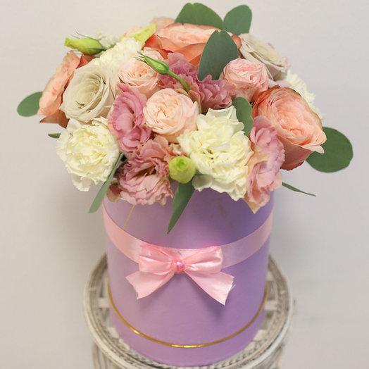 Щляпная коробка с пионовидными розами: букеты цветов на заказ Flowwow