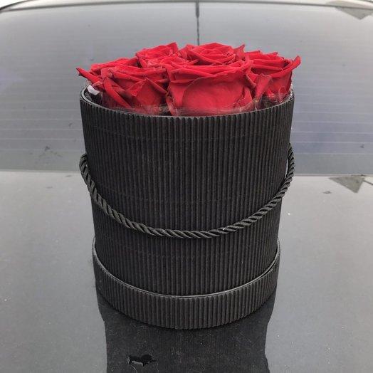 Круглая коробочка с розами: букеты цветов на заказ Flowwow