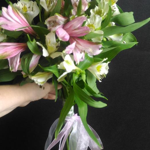 N40: букеты цветов на заказ Flowwow
