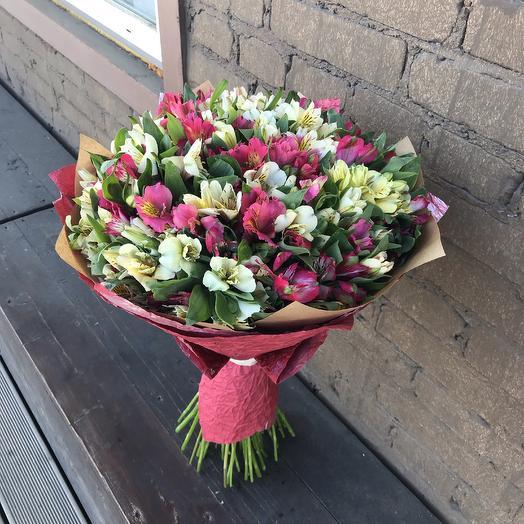 Букет из 39 альстромерий «Яркие краски»: букеты цветов на заказ Flowwow
