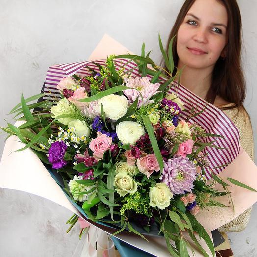 Букет из роз и хризантем - Цветущий луг