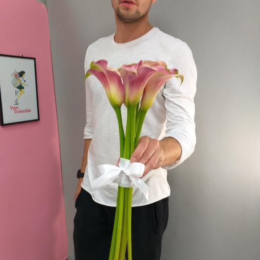 Нежные Каллы: букеты цветов на заказ Flowwow