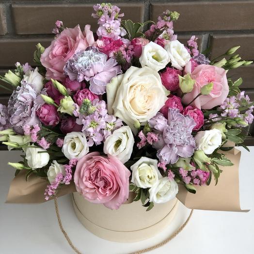Коробка с пионовидной розой: букеты цветов на заказ Flowwow