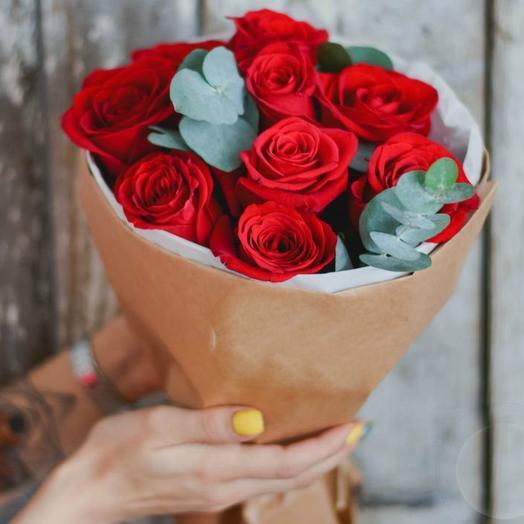 Красные розы 10