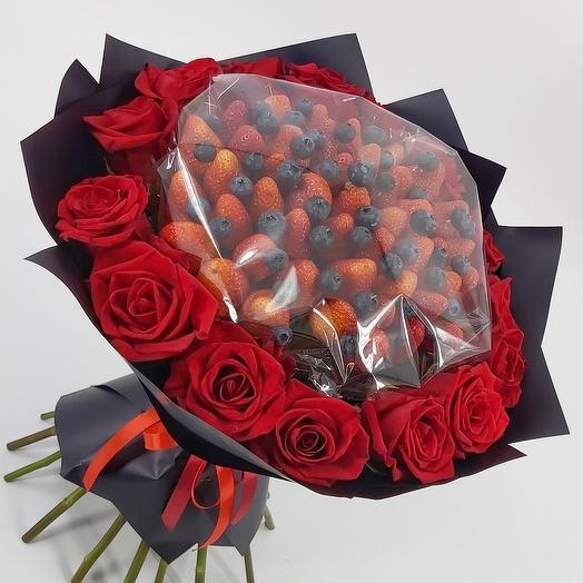 Клубника, голубика, розы 🍓🌹