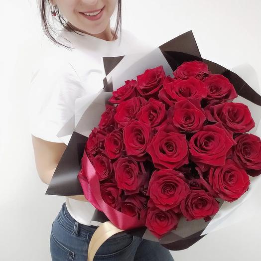 Букет красных эквадорских роз
