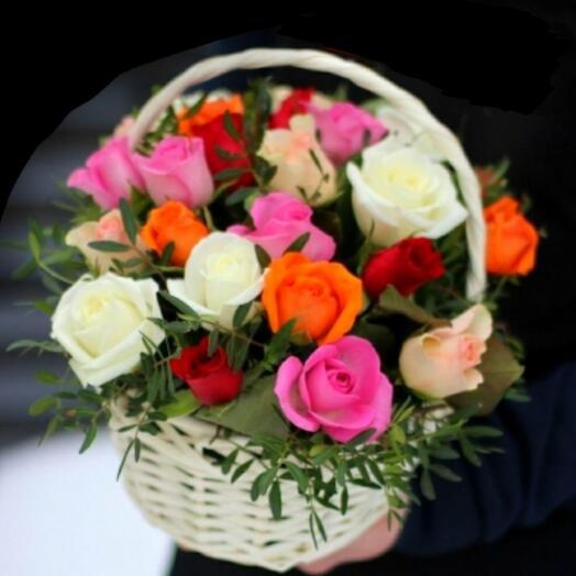 Корзина 25 розами