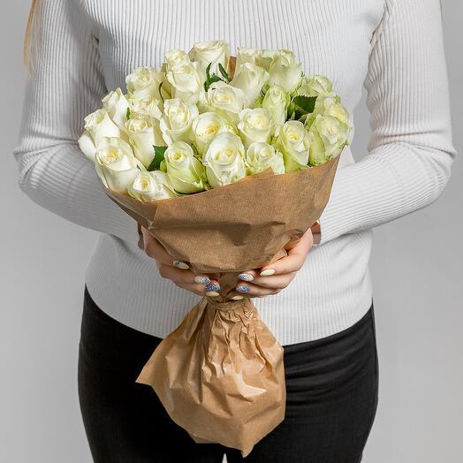 Монобукет белые розы 25