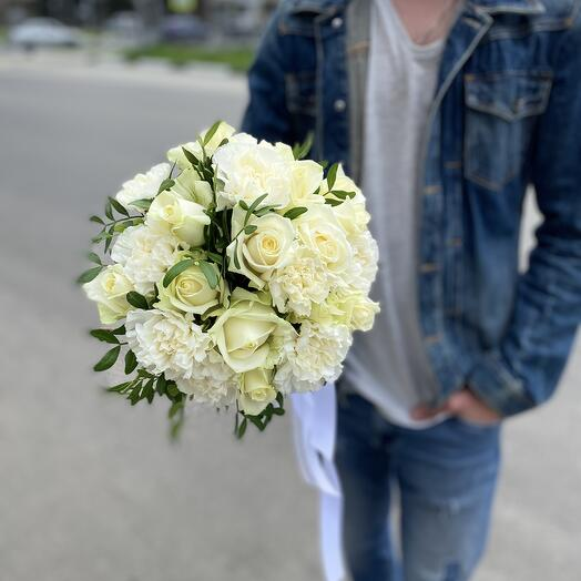 Свадебный букет White
