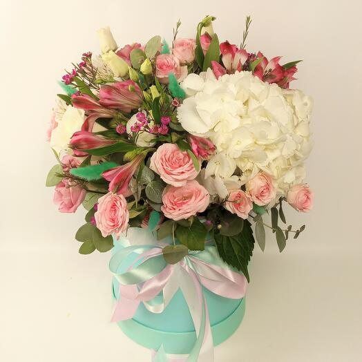 "Коробка с цветами ""Тиффани"""