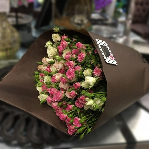 Букет из 15-ти кустовых роз: букеты цветов на заказ Flowwow