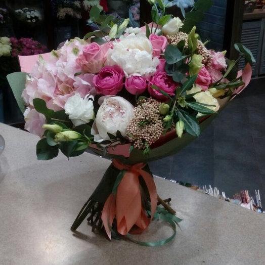 Помпадур: букеты цветов на заказ Flowwow