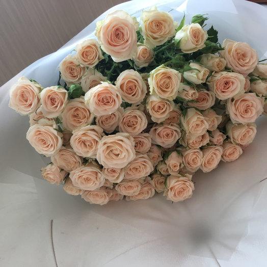 Кустовые розы : букеты цветов на заказ Flowwow