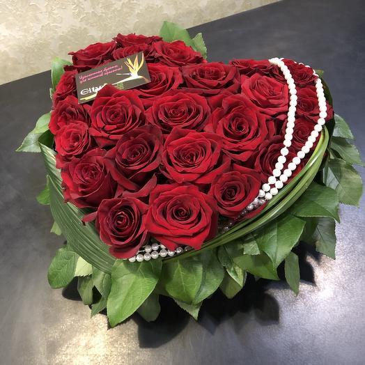 Сердце с жемчугом: букеты цветов на заказ Flowwow